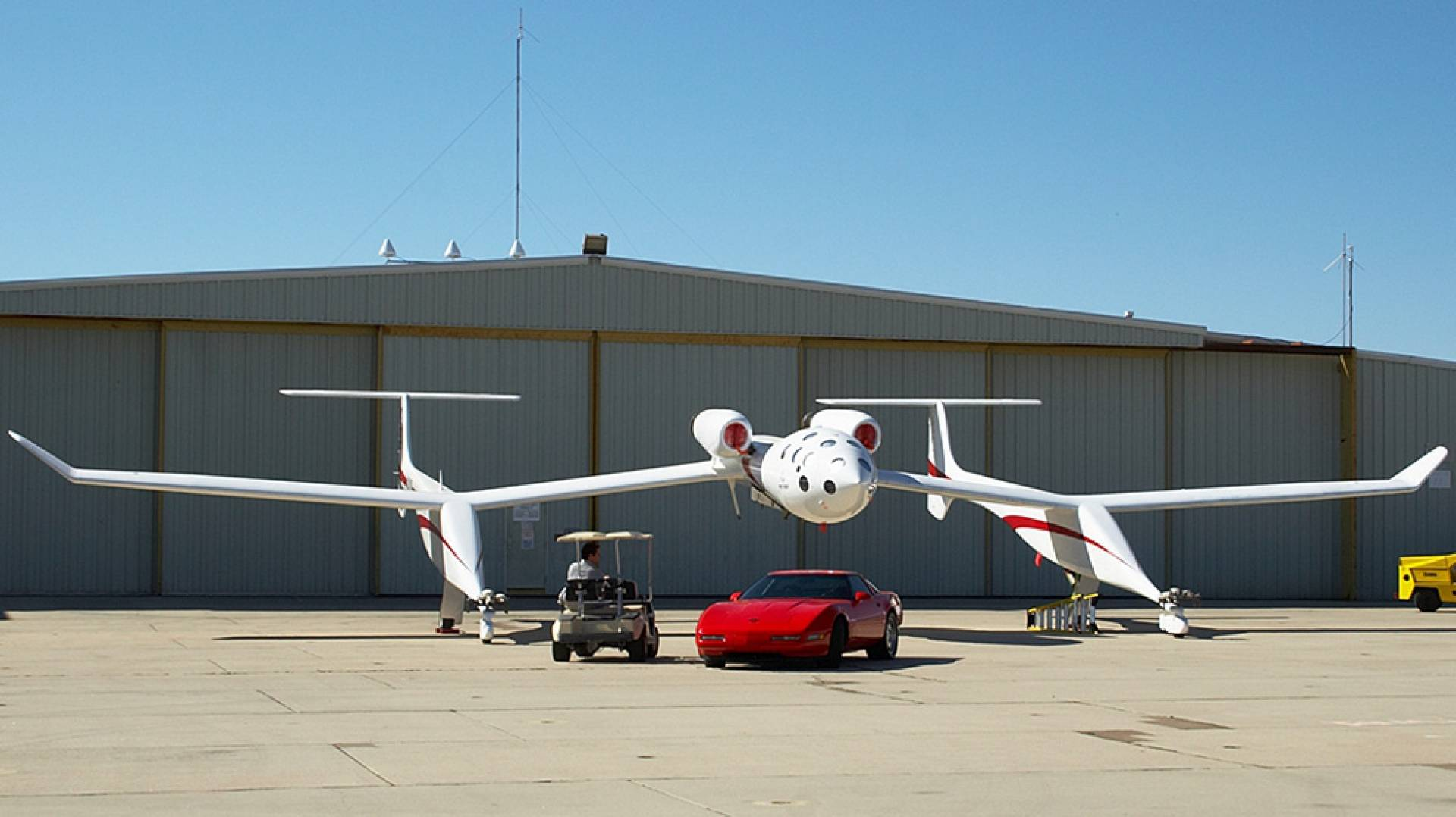 N318SL | Untitled | Scaled Composites 318 White Knight